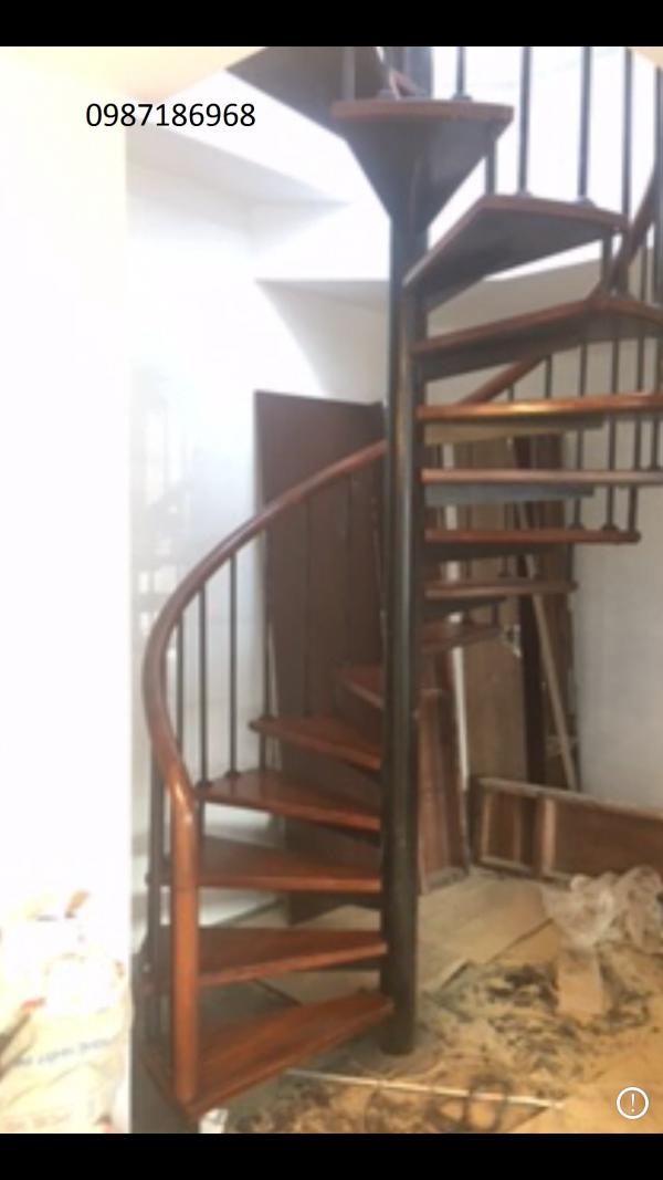 cầu thang xoắn ốc 01